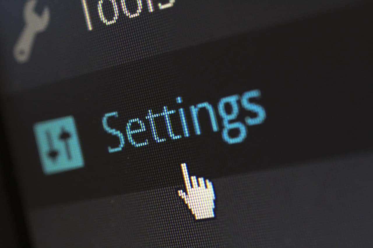control-data-device-270700 Things to Consider Before Building a Website